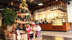 Đặt in mô hình trang trí Giáng Sinh - Ý tưởng trang trí Giáng Sinh ấn tượng cho quán cafe