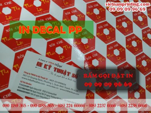 In decal PP tại xưởng in của Công ty TNHH In Kỹ Thuật Số - Digital Printing